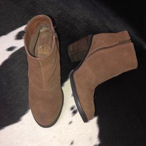 Crown Vintage suede leather heeled booties, 6.5-7